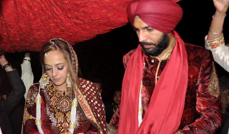 yuvraj singh marriage with hazel keech